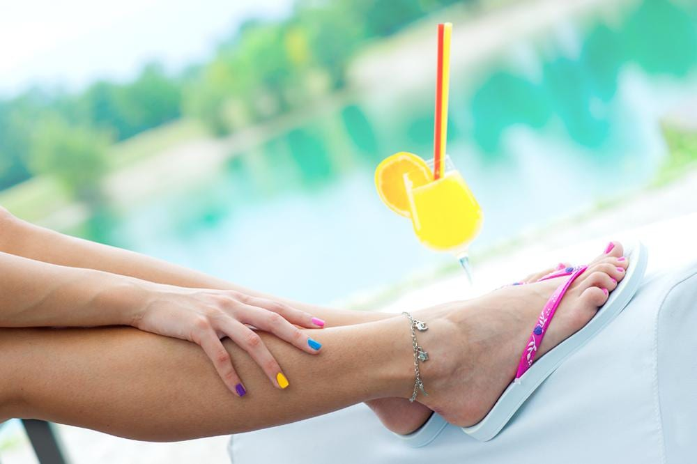 Taking care of feet in summer: 4 Tip