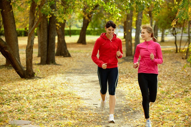 The main rules of jogging in autumn
